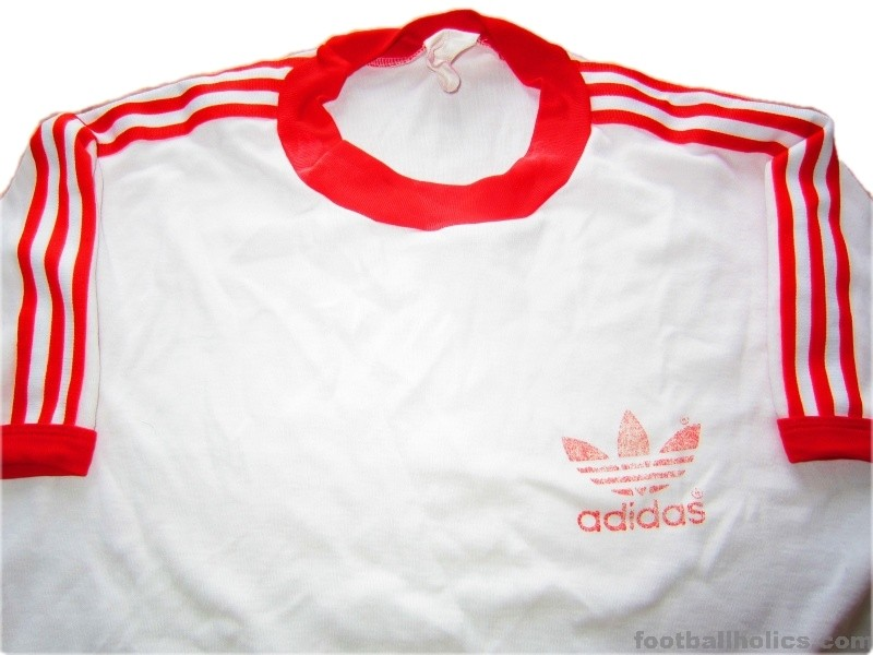 1980s adidas vintage trefoil white red t shirt for Adidas classic t shirt