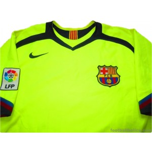 2005-06 FC Barcelona Away Shirt